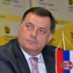 Dodik: Kupujemo 2.500 pušaka za borbu protiv terorizma