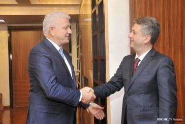 Premijer planira obračun sa zaraćenim klanovima:Marković sprema svoj tim istražitelja