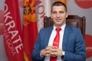 Lider Demokrata izgubio kompas: Uhvaćen u prevari, a Bečić optužuje DF