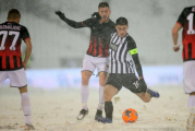 Kome je ovo trebalo: Snijeg jači od Partizana i Mačve