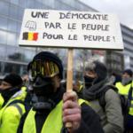 Pozivaju Francuze da povuku novac iz banaka