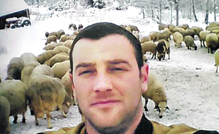 Muke Branka Lazića sa crnogorskom policijom: Izvadio pasoš za svaku ovcu, ali ga i dalje kažnjavaju!