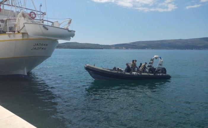 """Droga kriminalnih grupa nađena na školskom brodu """"Jadran"""""""
