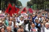 """""""Kuva"""" u Albaniji: Opozicija blokirala puteve, traže ostavku Rame"""