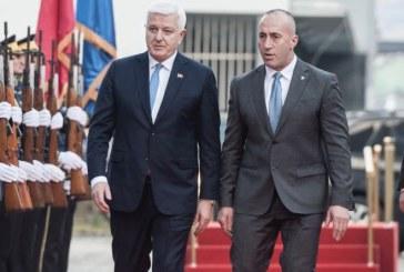 Dil Podgorice i Prištine: Haradinaj traži izručenja vojnika iz 1999. godine u zamjenu za poslaničko mjesto crnogorskoj manjini!