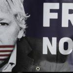 Majka Džulijana Asanža: Mog sina nezakonito ubijaju vlade SAD i Velike Britanije