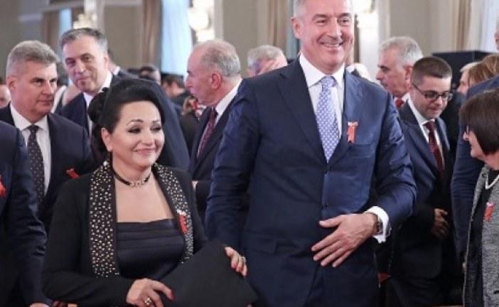 Borba uskoro objavljuje: Medenica po nalogu državnog funkcionera potpisala dokument da nije bilo malverzacija u Telekomu!