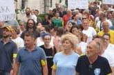 "Protestna šetnja u Perastu: ""Uguši nas miris elitnog turizma"""