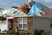 U naletu uragana na Bahamima poginule 43 osobe