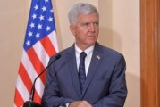 Kajl Skat: SAD žele da Kosovo ukine takse, ali ne možemo da ih primoravamo