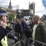 London: Sukobili se protivnici i pobornici Bregzita, napadnuta i policija