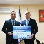 Montenegro Airlines donirao 10.000 evra Kliničkom centru