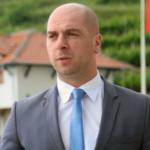 Simić: Odluka o učešću u prištinskim institucijama u dogovoru sa Beogradom