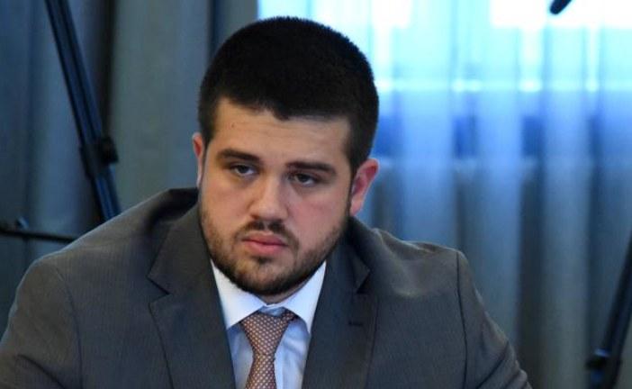 Nikolić: Stojimo na raspolaganju za dijalog u okviru institucija