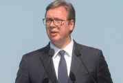 Vučić u Bečeju: Otvara se novi pogon fabrike koja proizvodi auto-prikolice