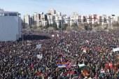Preko 150.000 ljudi u Podgorici, Amfilohije poručio: Režim da se makne s grbače naroda, Milu nijesu smetale ruske pare! (FOTO)