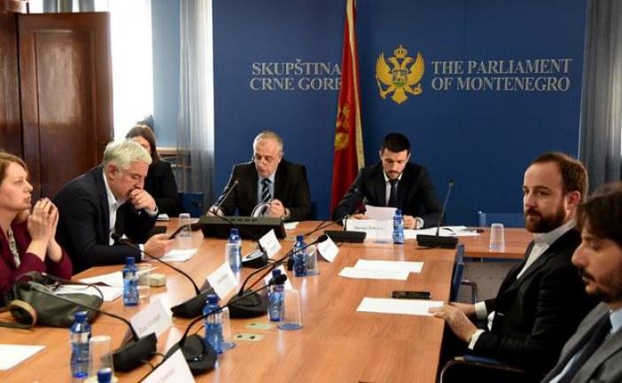 Vučurović nazvao Mila i poslanike DPS satanistima