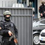Strahuju od napada: Ranjeni Igor Krstović prebačen u Njemačku, policija čuva bolnicu!