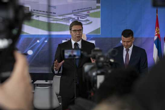 Vučić: Nema najava pokretanja dijaloga oko KiM, a nema ni rokova