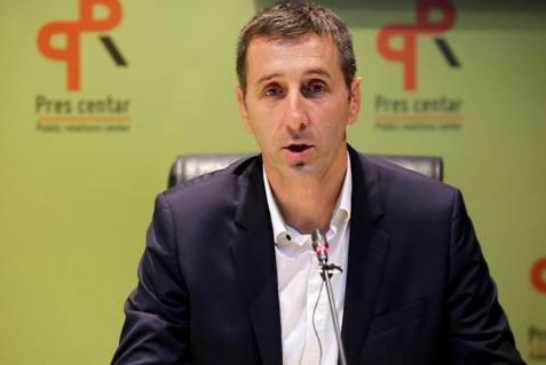 Džaković ne smije da pomene DPS, nastavlja sa napadima na opoziciju!