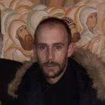 Zoran Latković demantovao policiju: Inspektor me tukao da priznam da sam bacio suzavac u salu u Budvi, smetam im jer idem na litije!