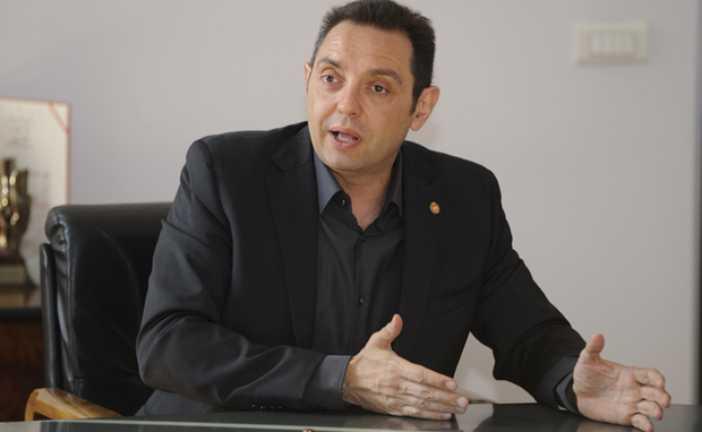 Vulin dobronamjerno poručio Krivokapiću: Gluposti bivšeg režima ne treba da Vam bude politika!