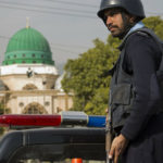 U napadu na Pakistansku berzu stradali civili i teroristi