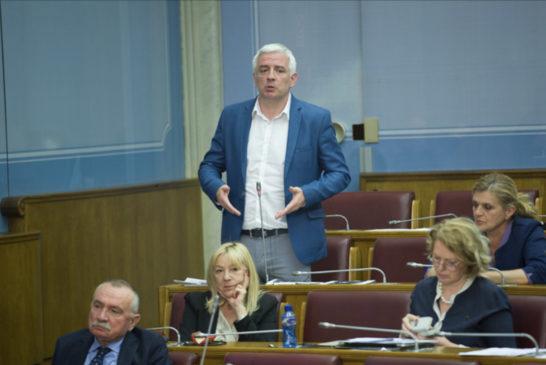 Uzalud nova prljava kampanja protiv Andrije Mandića i DF- bliži se kraj zločinačkom režimu