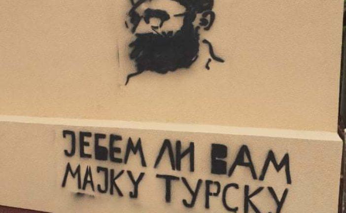 Osude sa svih strana: Kriminalci i ljudi bliski režimu crtaju grafite protiv Bošnjaka!