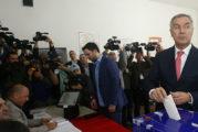Sukob interesa: Kandidatkinja sa liste DPS-a štampa glasačke listiće za crnogorske izbore