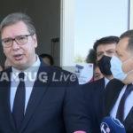 """Vučić i Dodik obišli """"Srpsku kuću"""": """"Napadaju nas da ulažemo mnogo novca, a mi ćemo da ulažemo još više""""!"""